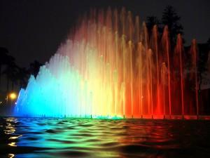 Fuente multicolor Circuito Mágico del Agua Lima