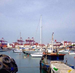 Barcos en el Callao Lima