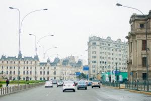 Taxis en el centro historico de lima